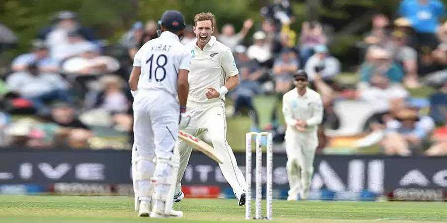 India bowled out for 242 in their first innings in Christchurch