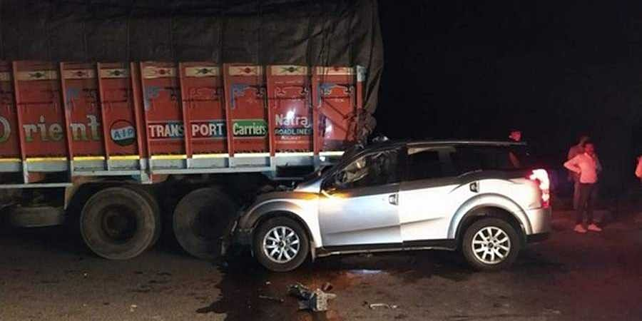Gujarat: Five people killed, one injured after a car rammed into a truck in Limbdi