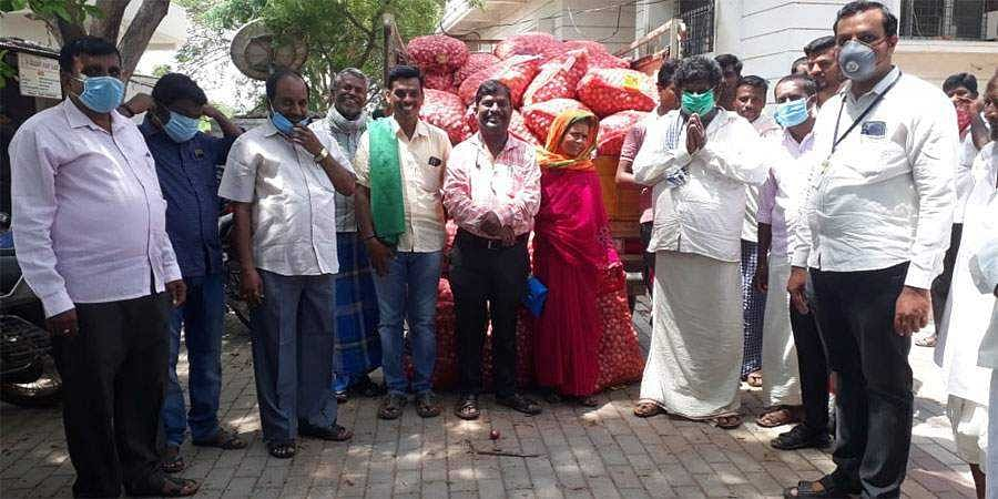 Tahsildar buys onions