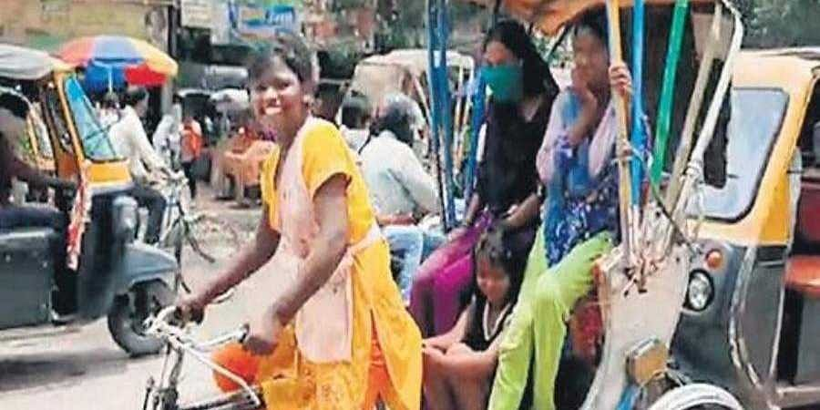 Nandini Kumari says women prefer to hire her for rickshaw rides.