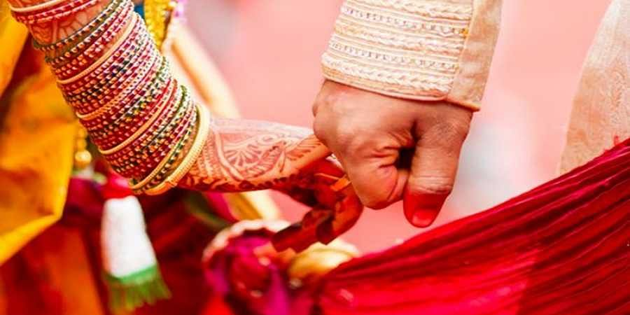 Disgraced boyfriend attacks the bride at her wedding hall in Shimoga