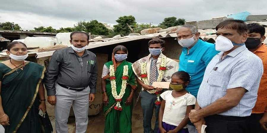 Suresh kumar visited mahesh house