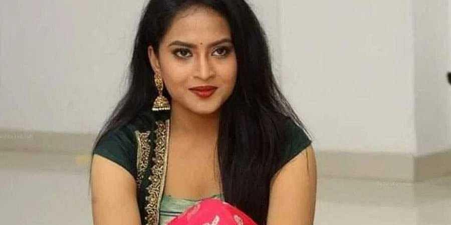TV Actress Sravani