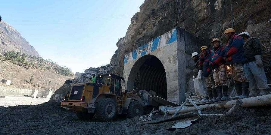 Rescue_operations_at_Tapovan_Tunnel1
