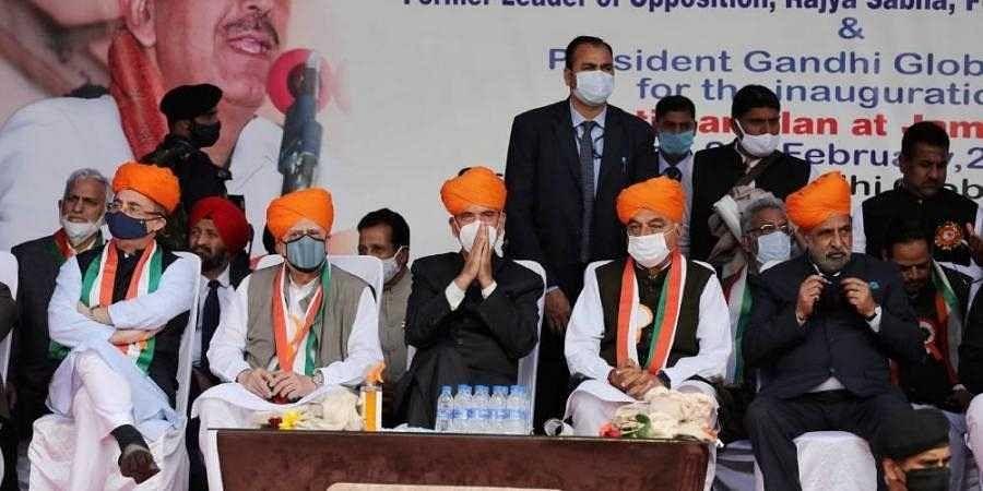 Gulab_nabi_azad_kabil_sibal_other_Congress_leaders1