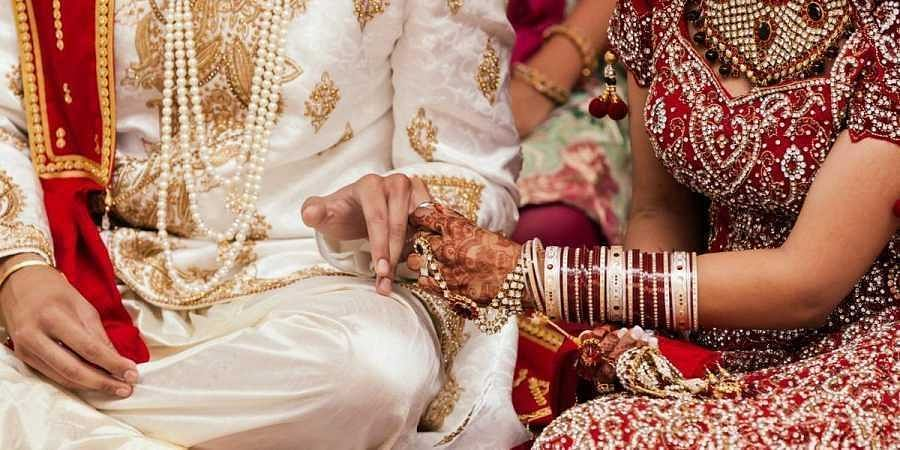 Uttarakhand cops announce cash reward to brides who oppose booze at weddings