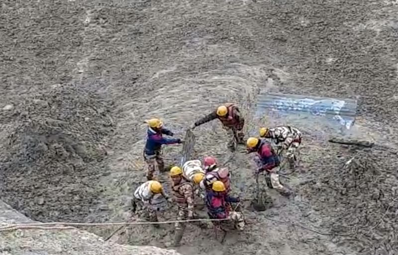 Uttarakhand-glacier-burst13