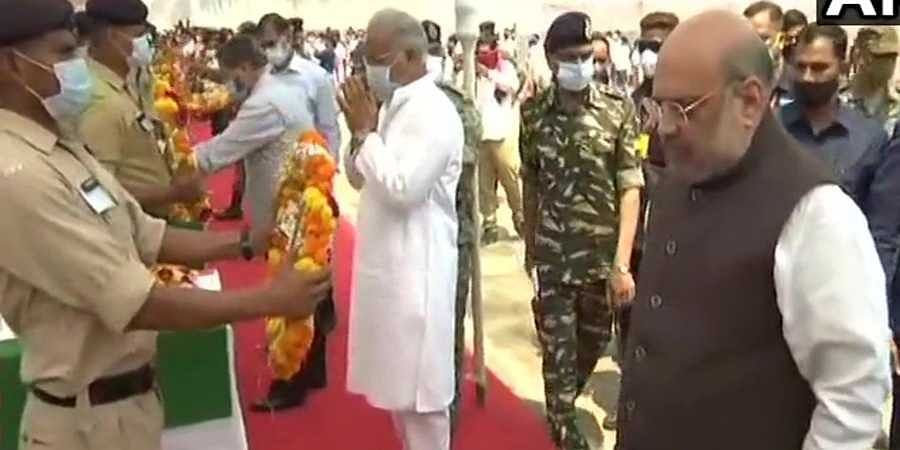 Amit Shah and CM Bhupesh Baghel in wreath laying ceremony