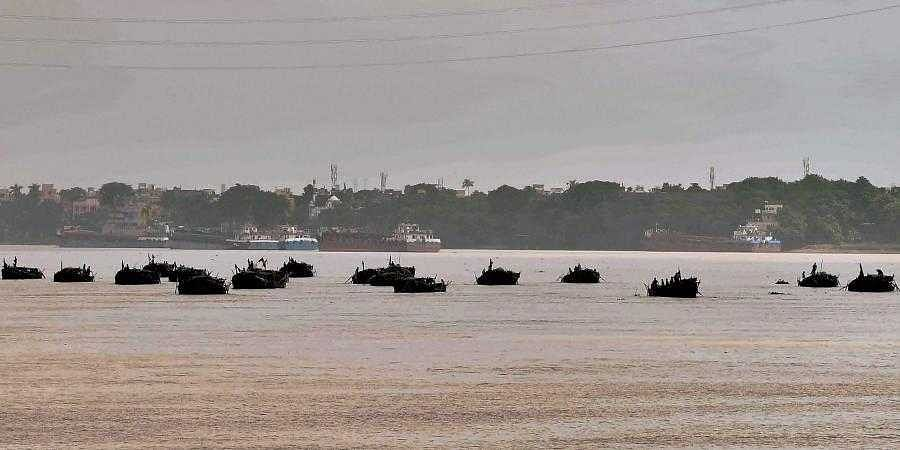 Centre asks states to check future incidences of people dumping bodies in Ganga, its tributaries